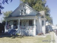 413 East North Street Staunton IL, 62088