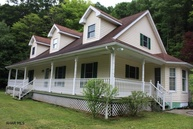 442 Swinging Bridge Road Hollidaysburg PA, 16648