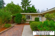 1220 Sw 166th St Burien WA, 98166