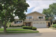 8702 West Madison Drive Niles IL, 60714
