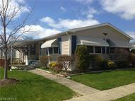 6 Emerald Ln Olmsted Falls OH, 44138
