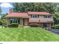 2037 Springhouse Rd Broomall PA, 19008
