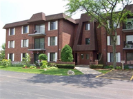 100 Clubhouse Lane Unit 104 Lake Zurich IL, 60047
