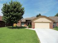 1712 Wilderness Dr Norman OK, 73071