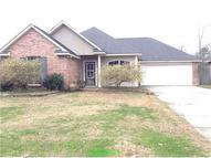 12217 Falcon Crest Hud Owned Denham Springs LA, 70726