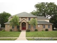 6404 Twelve Oaks Court Springfield IL, 62712