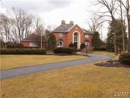 1902 Woods Hollow Ln Allentown PA, 18103