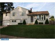 65 W Woodcrest Ave Maple Shade NJ, 08052