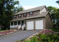 133 Pine Valley Lane Hazleton PA, 18202