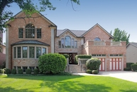 1472 N. Dee Road Park Ridge IL, 60068