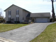 350 Woodbine Dr Wood Dale IL, 60191