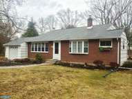 59 Manor Ln Yardley PA, 19067