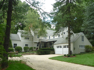 39 Deepwood Road Darien CT, 06820