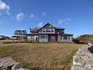 283 Spring St New Shoreham RI, 02807