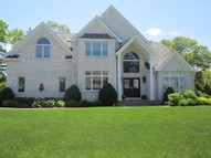 18 Fox Ln Lake Grove NY, 11755