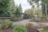 2615 109th Place Ne Bellevue WA, 98004