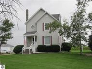 2079 N Mcclelland Road Breckenridge MI, 48615