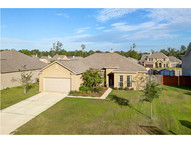 167 Autumn Woods Dr Lacombe LA, 70445