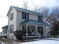 206 East Cleveland St New London IA, 52645
