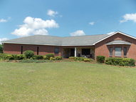 1015 County Rd 41 Skipperville AL, 36374