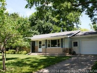 2211 8th Street Charleston IL, 61920