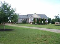 3009 Mabel Trail Boonville NC, 27011
