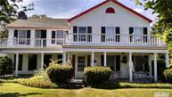 237 S Country Rd Bellport NY, 11713