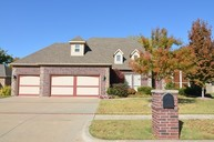 8508 S 8th Street Broken Arrow OK, 74011