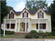 406 E North St Talladega AL, 35160