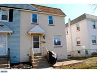 85 Foster Ave Sharon Hill PA, 19079