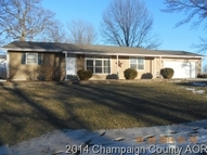614 Twin Oaks St Oakwood IL, 61858