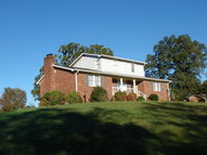445 Country Estates Dr Berea KY, 40403