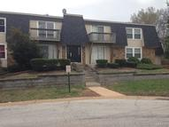 9870 Greenery Lane Unit: H Saint Louis MO, 63132