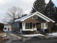 416 S Main Middlebury IN, 46540