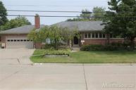 22411 Lakecrest Saint Clair Shores MI, 48081