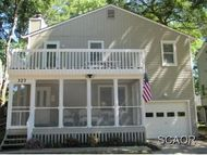 327 Oakwood St Bethany Beach DE, 19930