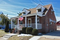 7 Schack Avenue South River NJ, 08882