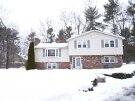 2 Ross Drive Londonderry NH, 03053