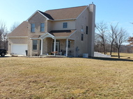 9315 Hawkeye Drive Paris IL, 61944