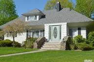 20 Oak Dr Jamesport NY, 11947