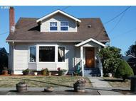 946 S 4th Coos Bay OR, 97420