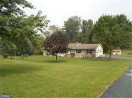 180 Valley View Rd Hellertown PA, 18055