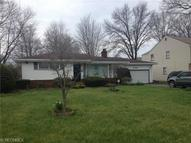 2720 Belmar Dr Youngstown OH, 44505