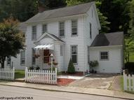 238 Cottage Ave Weston WV, 26452