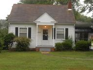 1933 Ellington St Richmond VA, 23224