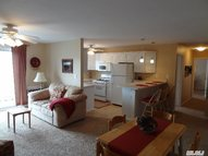 23 Fairharbor Dr Patchogue NY, 11772