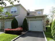 79 Windwatch Dr Hauppauge NY, 11788