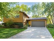1074 Churchill Circle Shoreview MN, 55126