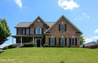 2164 River Oaks Dr Salem VA, 24153