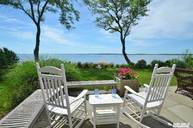 1423 Peconic Bay Blvd Jamesport NY, 11947